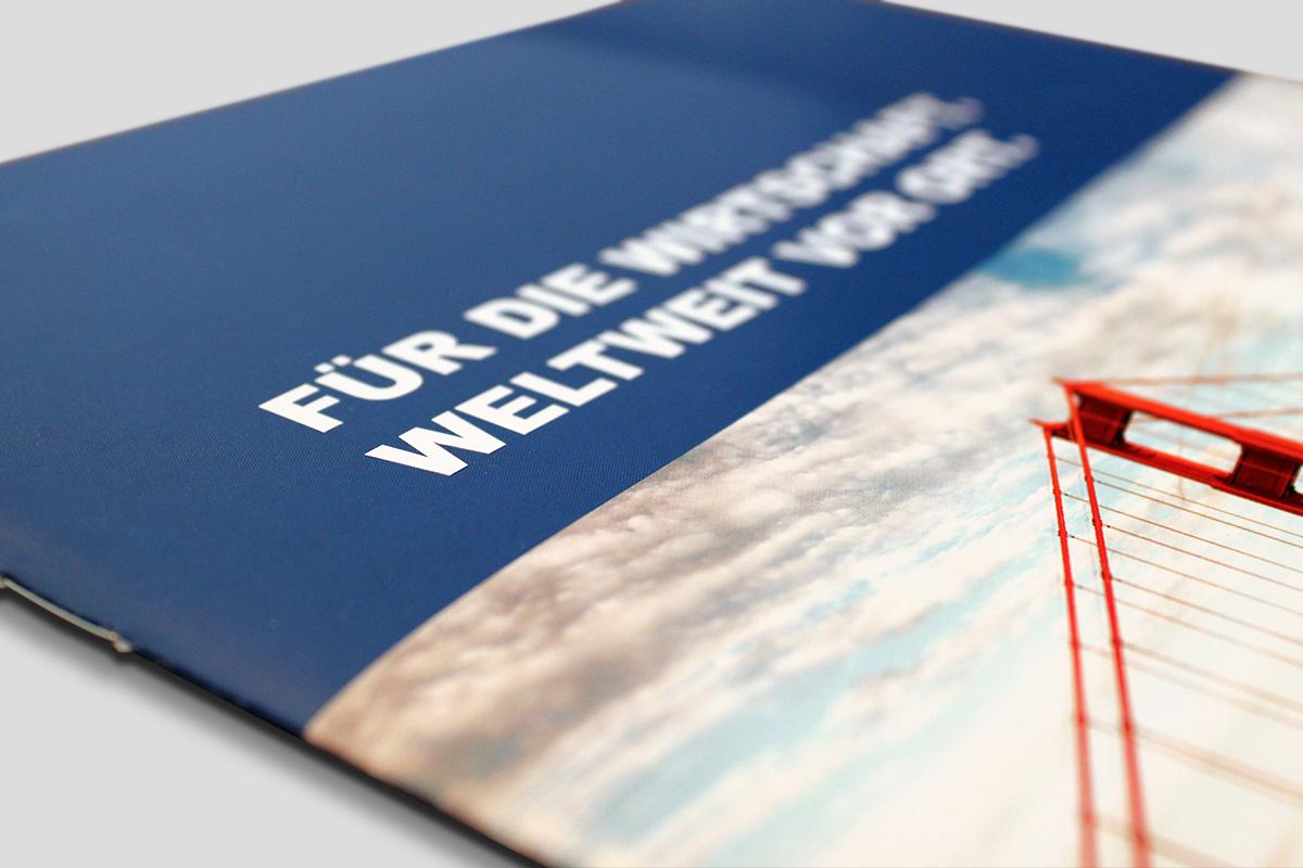 dihk-publications-brochure-cover
